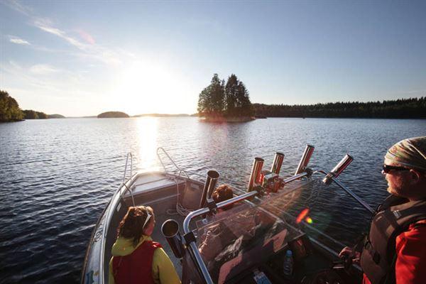 Boat transfer from Järvisydän to Linnansaari