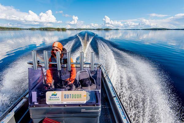 Boat transfer from Oravi to Järvisydän/ Porokylä